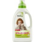 Detergent lana si matase